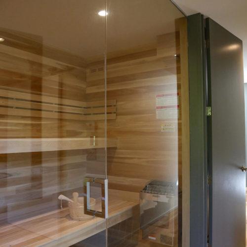 Spahaus - Chalets à louer - Côté Nord Tremblant - Chambre avec sauna