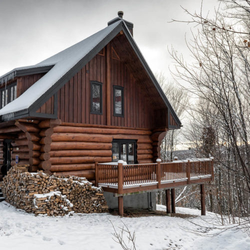 scandinavian_log_cabin_chalets_rentals_cote_nord_tremblant_outside_01