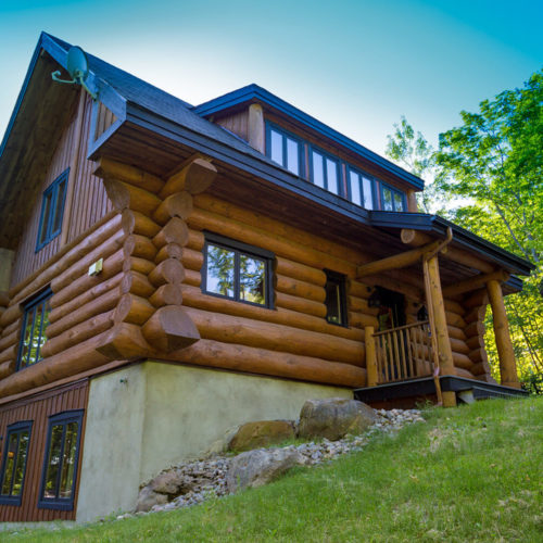scandinavian_log_cabin_chalets_rentals_cote_nord_tremblant_outside_03