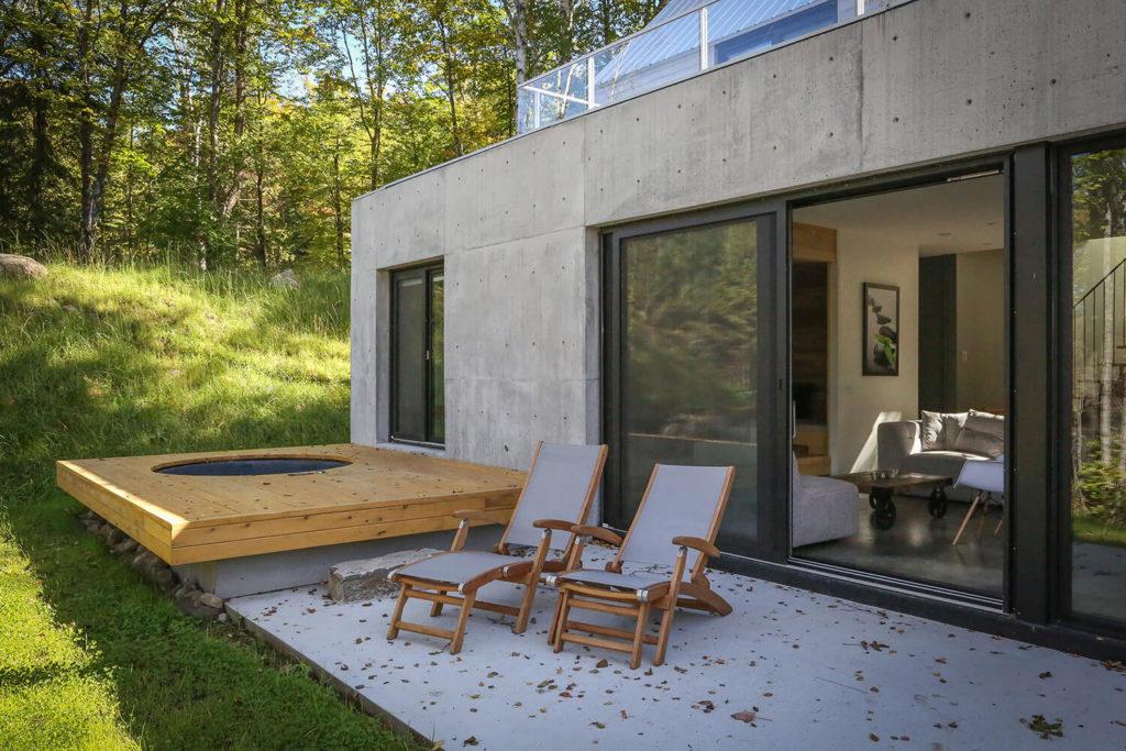 Spahaus - Chalets rentals - Côté Nord Tremblant - Deck Spa